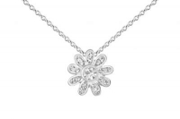 PF012 12mm white crystal flower pendant with silver fittings.jpg